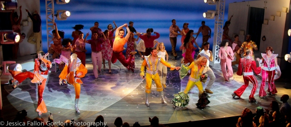 Photo Coverage: Cast of MAMMA MIA! Takes Final Bows on Broadway!