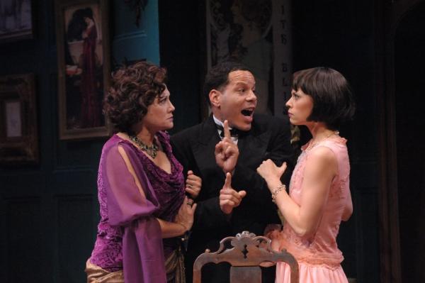 Judith Bliss (Valerie Leonard), Sandy Tyrell (Jon Hudson Odom), and Sorel Bliss (Audrey Bertaux)