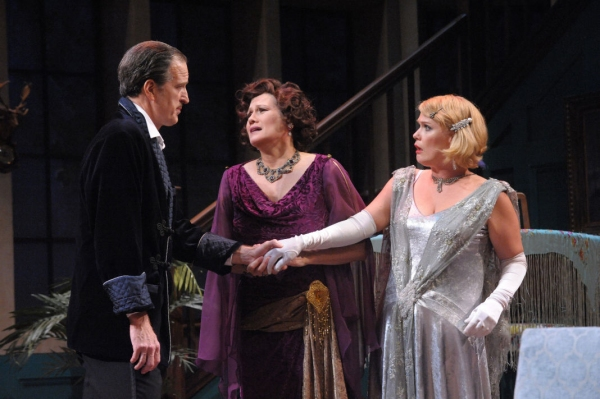 David Bliss (Matt Sullivan), Judith Bliss (Valerie Leonard), and Myra Arundel (Beth Hylton)