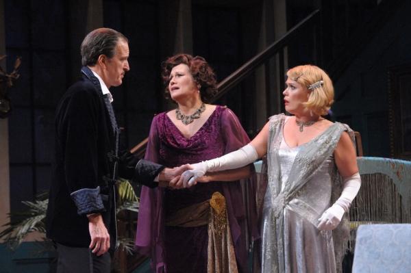 David Bliss (Matt Sullivan), Judith Bliss (Valerie Leonard), and Myra Arundel (Beth Hylton)