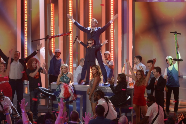 BEST TIME EVER WITH NEIL PATRICK HARRIS -- Episode 101 -- Pictured: (l-r) Matt Iseman, Carrot Top, Reese Witherspoon, Little Neal, Neil Patrick Harris, Nicole Scherzinger, Gloria Gaynor -- (Photo by: Virginia Sherwood/NBC)