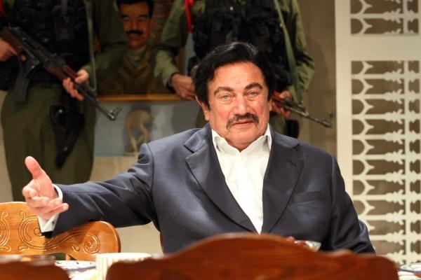 Steven Berkoff (Saddam Hussein)