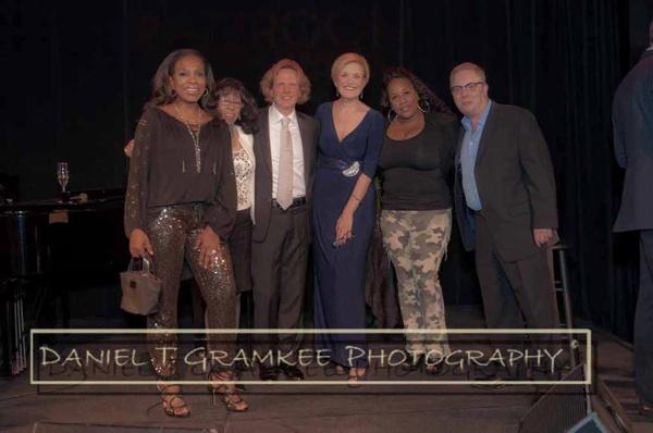 Sheryl Lee Ralph, Jean Carne, RRAZZ owner Robert Kotonly, Karen Mason, Trudy Melvin, RRAZZ ower Rory Paull