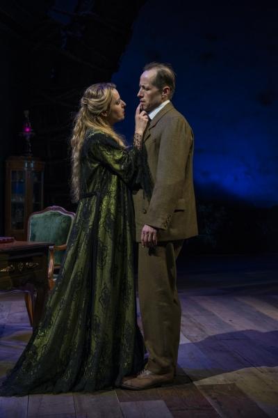 Kate Arrington (Cathy Trask) and Tim Hopper (Adam Trask) reunite