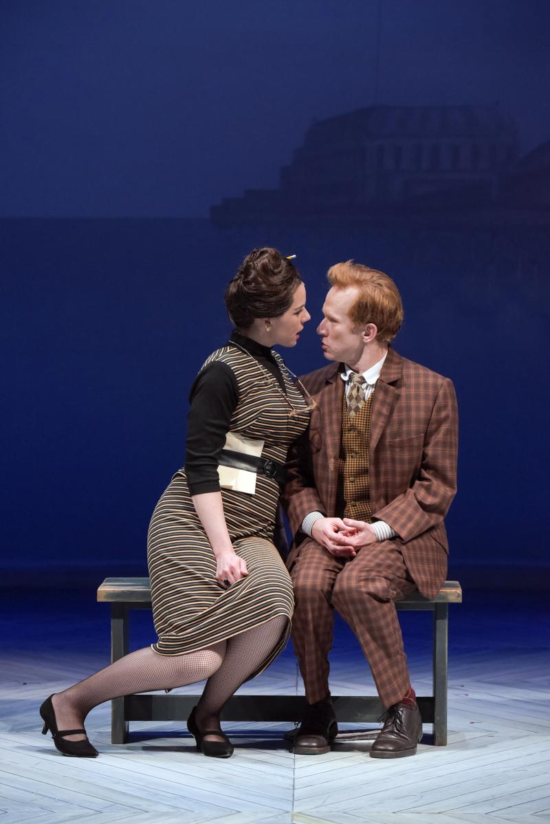 BWW Review: Hilarity and High Jinx Abound in ONE MAN, TWO GUVNORS at South Coast Rep