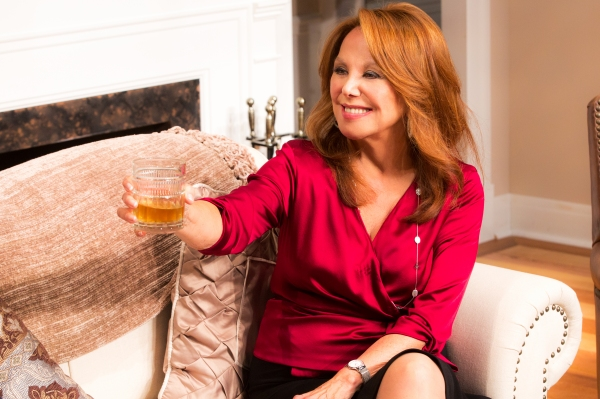 Photo Flash: First Look at Marlo Thomas & More in CLEVER LITTLE LIES