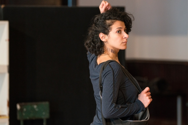 Atra Asdou (Julia)
