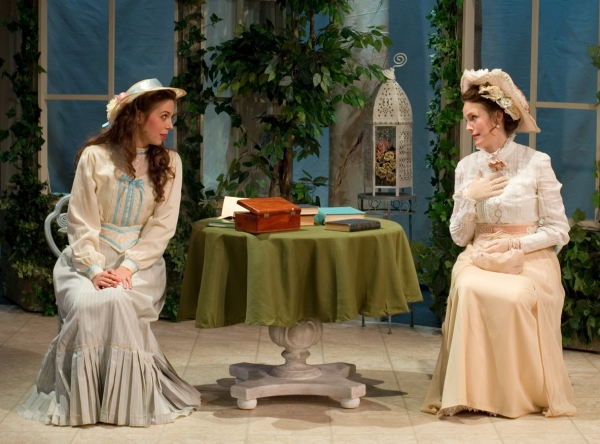 Maggie Wetzel as Cecily Cardew and Ellen Adair as Gwendolyn Fairfax