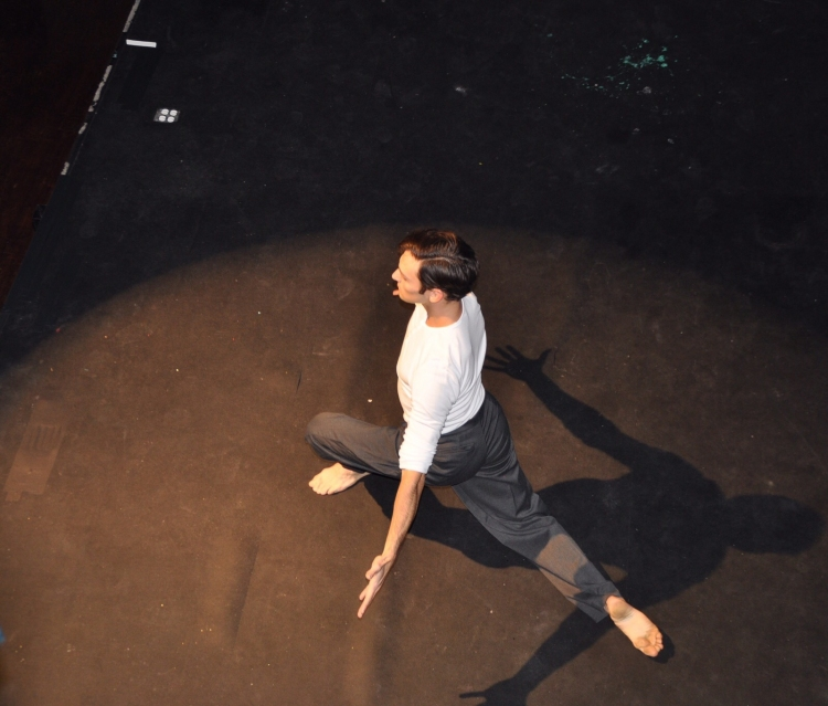 High Res John Adams HERO Awardee performing at The Broadway and Ballet HERO Awards at Stage 48.