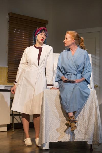 Madeline Wise as Zoe and Johanna Day as Zippy