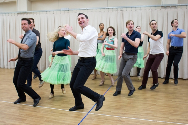 Photos: Happy Holidays! Sneak Peek at Scenes from New IRVING BERLIN'S WHITE CHRISTMAS National Tour