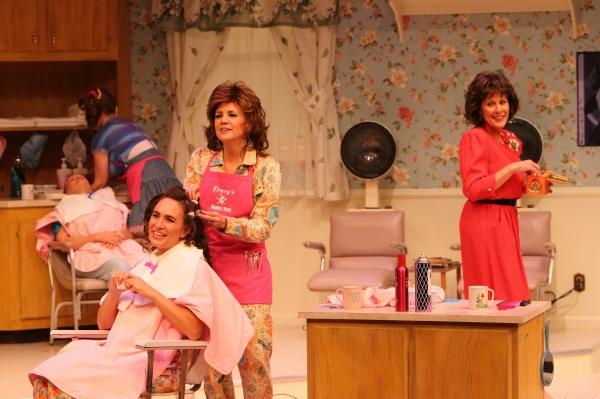 Carolyn Popp, Maretta Zilic, Julia Geisler, Christine Brunner and Patricia Linhart Photo