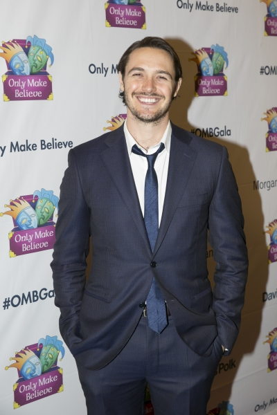 Photo Coverage: On the Red Carpet for MAKE BELIEVE ON BROADWAY, with Lena Hall, Alan Cumming & More!