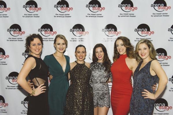 Dorea Schmidt, Lara Zinn, Jesse Palmer, Jane Bunting, Lauren Gemelli and Juliane Godf Photo
