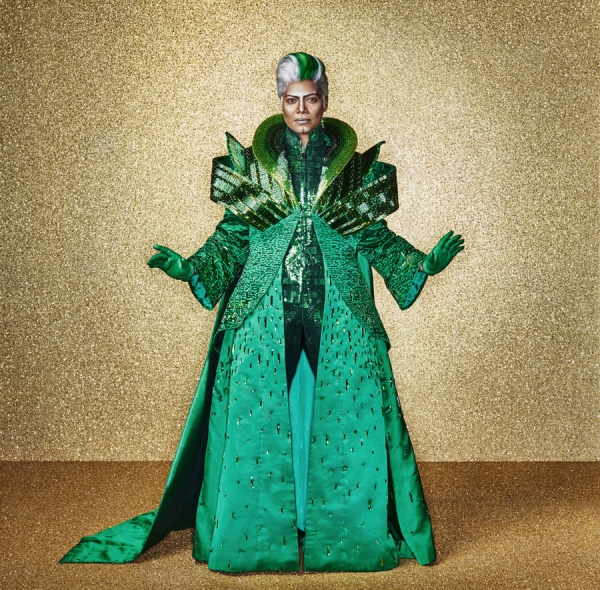 THE WIZ LIVE! -- Season: 2015 -- Pictured: Queen Latifah as The Wiz -- (Photo by: Paul Gilmore/NBC)