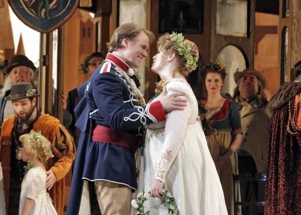 Brandon Jovanovich (Walther von Stolzing) and Rachel Willis-Sorensen (Eva)