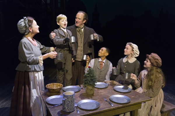 Photos: First Look at Edward Gero and More in A CHRISTMAS CAROL at Ford's Theatre