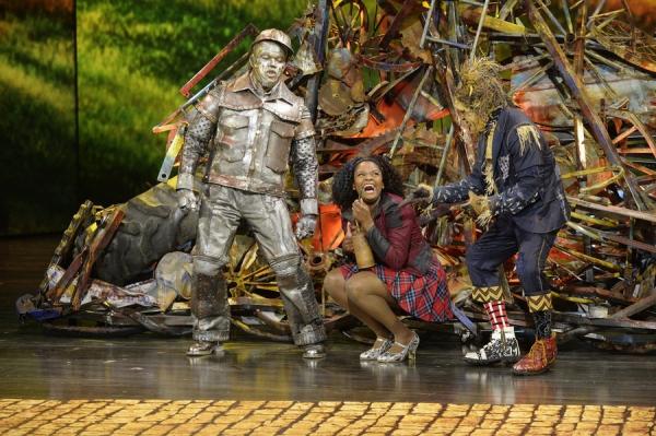 THE WIZ LIVE! -- (l-r) Ne-Yo as Tin-Man, Shanice Williams as Dorothy, Elijah Kelley as Scarecrow -- (Photo by: Virginia Sherwood/NBC)
