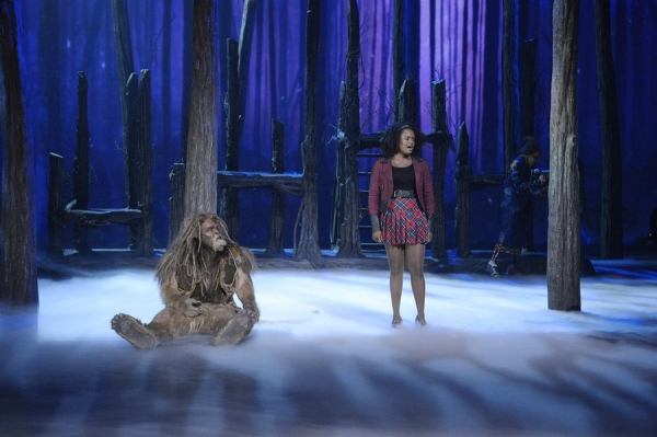 THE WIZ LIVE! -- (l-r) David Alan Grier as Lion, Shanice Williams as Dorothy -- (Photo by: Virginia Sherwood/NBC)