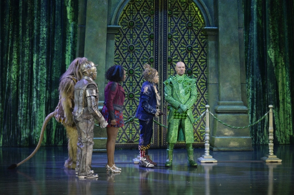 THE WIZ LIVE! -- (l-r) David Alan Grier as Lion, Shanice Williams as Dorothy, Elijah Kelley as Scarecrow, Common as The Bouncer -- (Photo by: Virginia Sherwood/NBC)