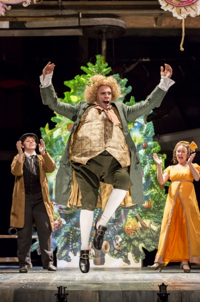 Photo Flash: First Look at Jim Broadbent & More in A CHRISTMAS CAROL at Noel Coward Theatre
