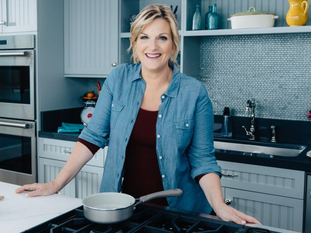 Food Network to Premiere New Season of TRISHA\'S SOUTHERN KITCHEN, Today