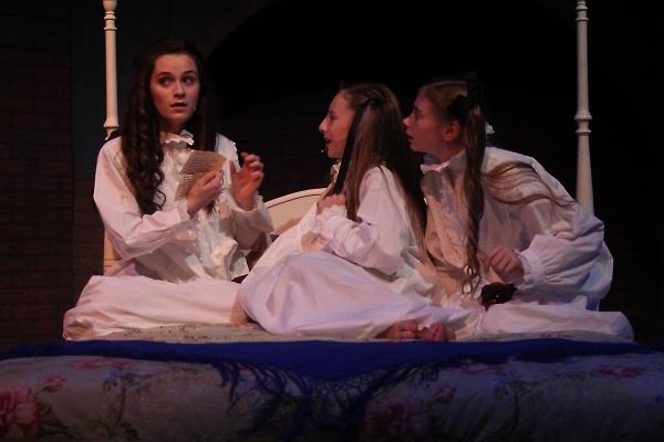 Emerson Steele as Sara, Olivia Windley as Ermengarde and Allison Gann as Lottie