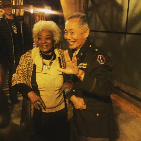 STAR TREK''s Nichelle Nichols joins George Takei in Vulcan salute