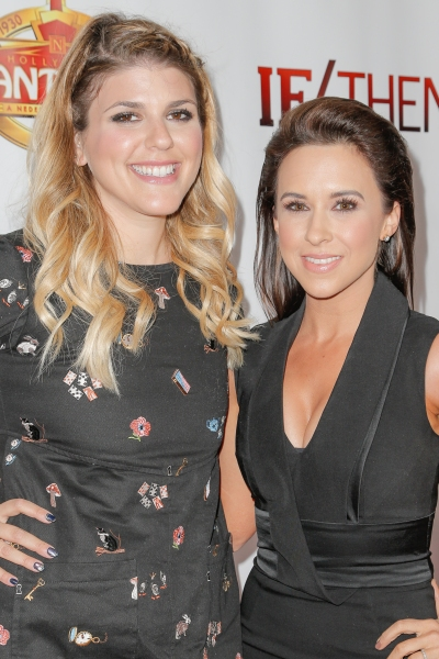 Molly Tarlov, Lacey Chabert