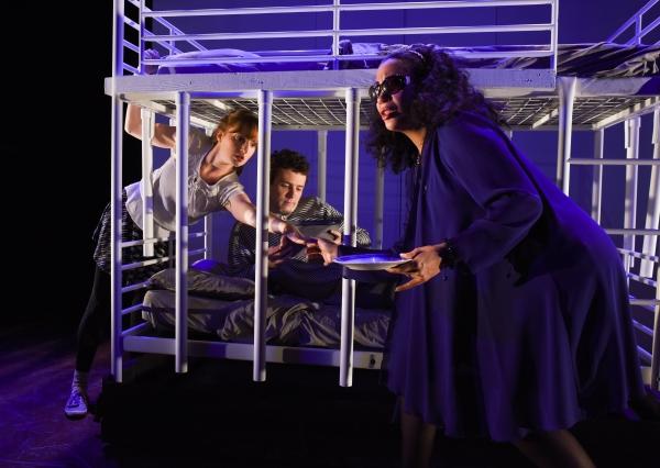 Clare O''Malley (as Gretel), Sean Bradley (as Hansel), Anita Holland (as The Witch)