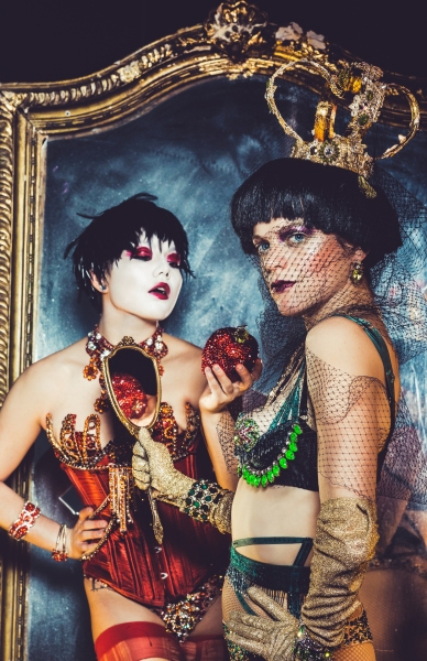 Hilly Bodin as Snow White and Laura Careless as the Evil Queen Photo