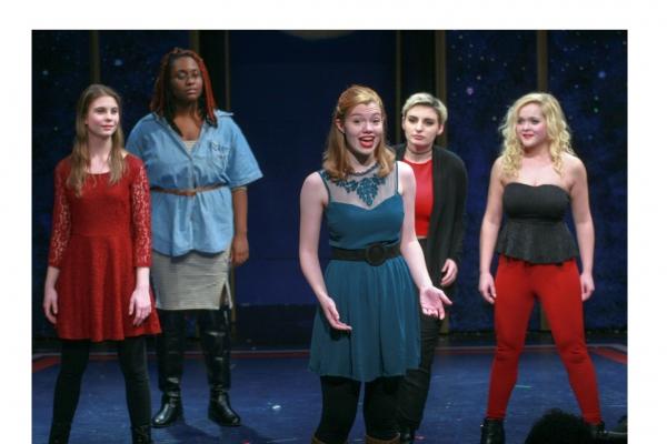 Haley Huxley, Samantha Richards, Rachel Rival, Kaileigh O''Hare and Brianna Bauch