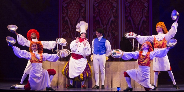 Jeff Skowron as Chef Louis, Eric Kunze as Prince Eric and the cast of Disney''s THE LITTLE MERMAID