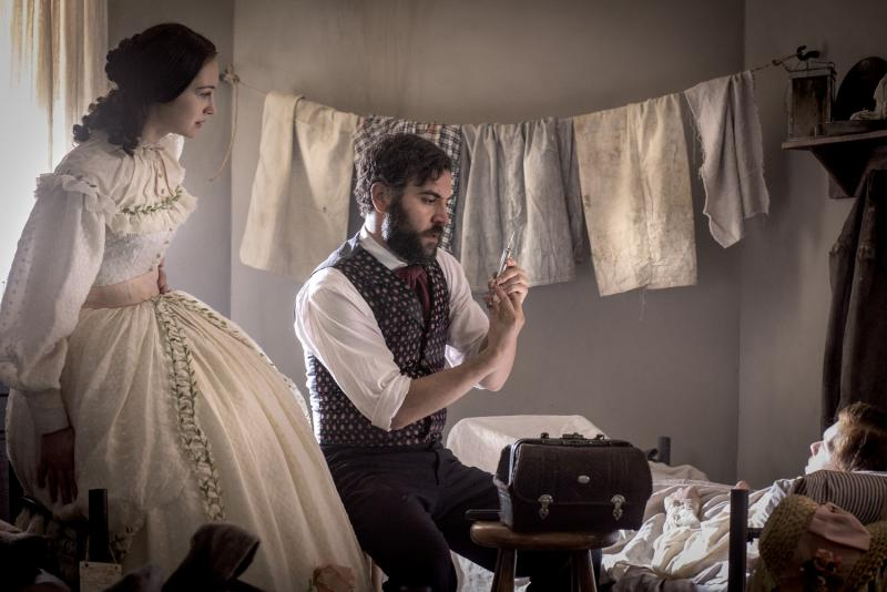 BWW Interview: Hannah James on Creating an Authentic Southern Belle on PBS's MERCY STREET
