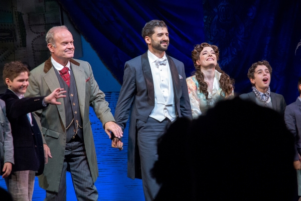 Kelsey Gramer, Tony Yazbeck, Laura Michelle Kelly and the cast of FINDING NEVERLAND
