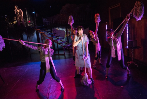 Photo Flash: First Look at Dee Roscioli & More in ROCK AND ROLL REFUGEE at Royal Family Performing Arts Space