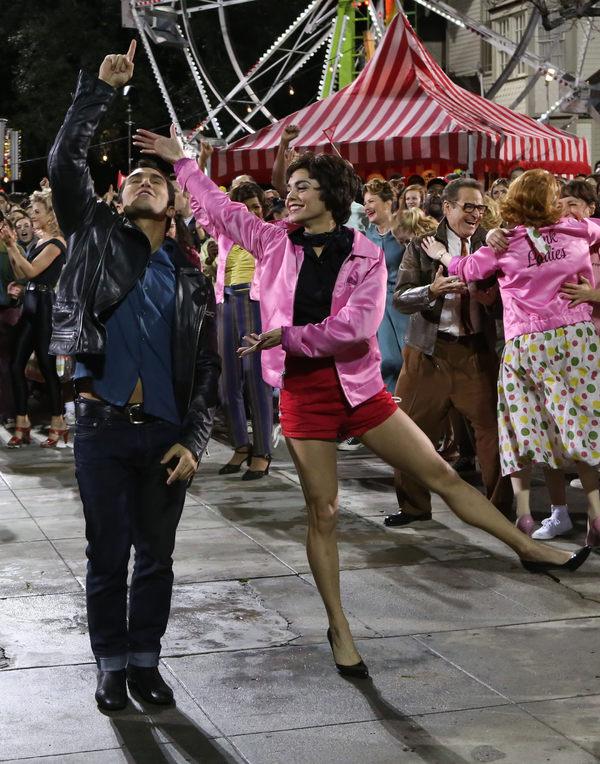 Carlos Pena-Vega, Vanessa Hudgens