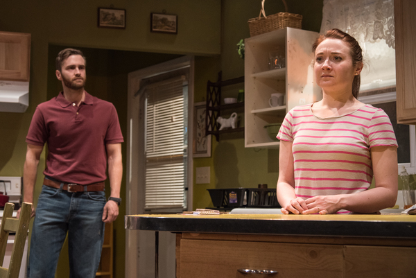 Alex Grubbs as Jim and Vanessa Vache as Amber