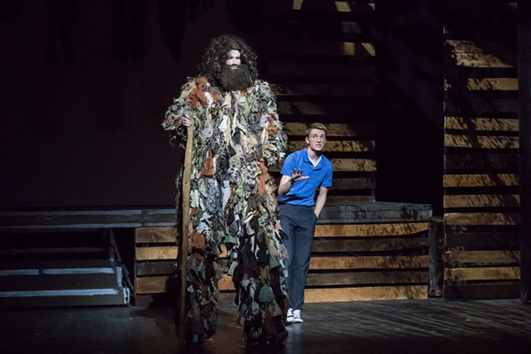 BIG FISH - Faith Conservatory - Las Vegas Giant (Scott O''Brien) and Edward Bloom (Ja Photo