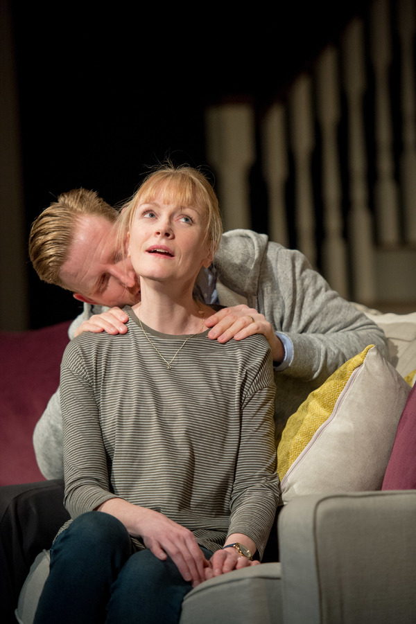 Tom Goodman-Hill (Howie) and Claire Skinner (Becca)
