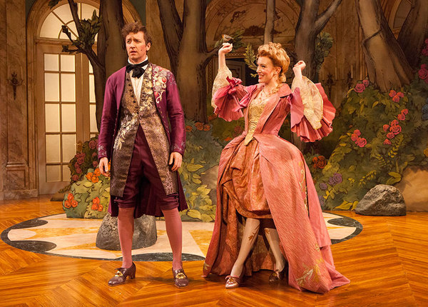 Cary Donaldson as Dorant and Amelia Pedlow as Lucille