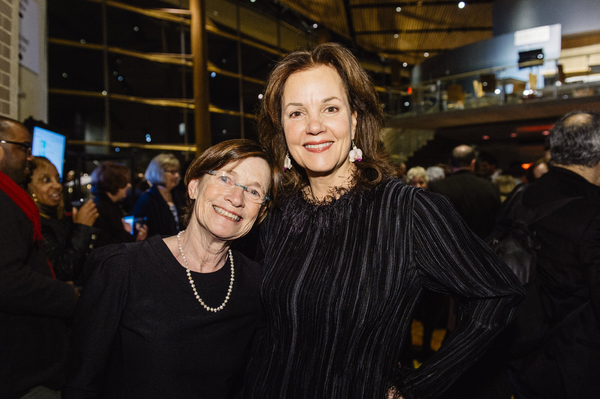 Cast members Ann McDonough (Jean Swift) and Margaret Colin (Hester Ferris)