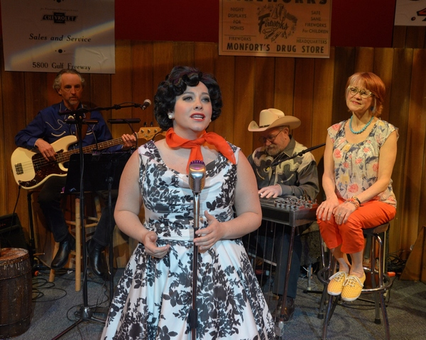 Erin McCracken as Patsy Cline with band members and Susann Fletcher as Louise Seger