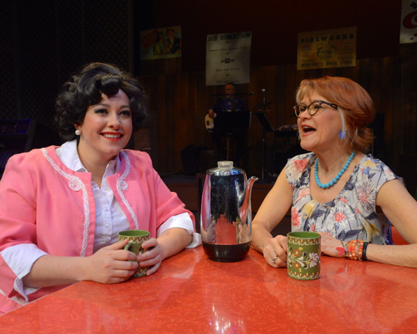Erin McCracken as Patsy Cline and Susann Fletcher as Louise Seger