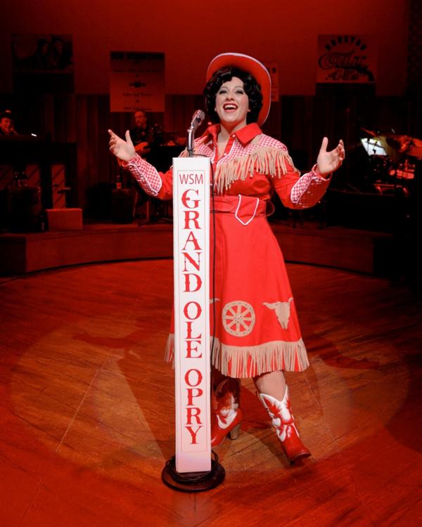 Erin McCracken as Patsy Cline Photo