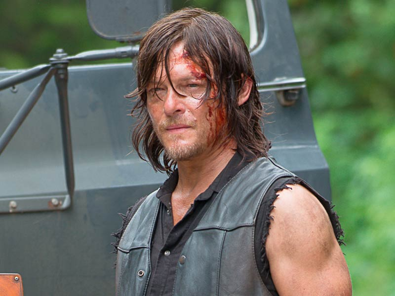 'Walking Dead': Watch the First 4 Minutes of Season 6 Midseason Premiere