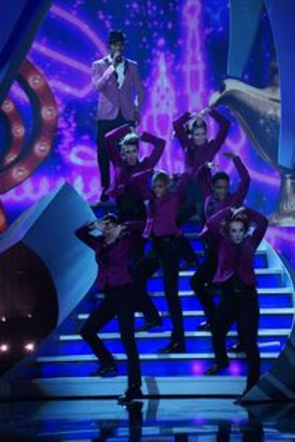 Photo Flash: First Look - Idina Menzel, Josh Gad & More on ABC's DISNEYLAND 60