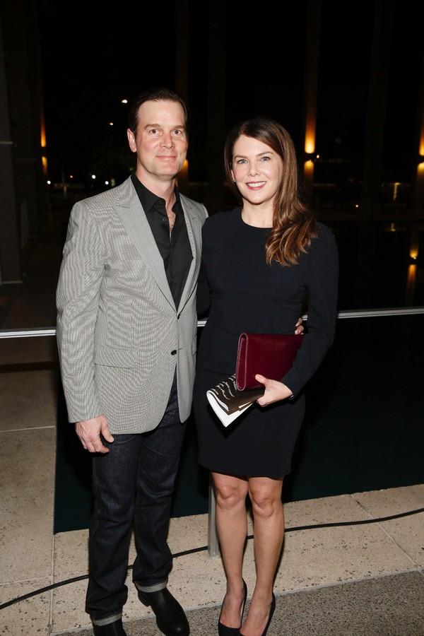 Actors Peter Krause and Lauren Graham