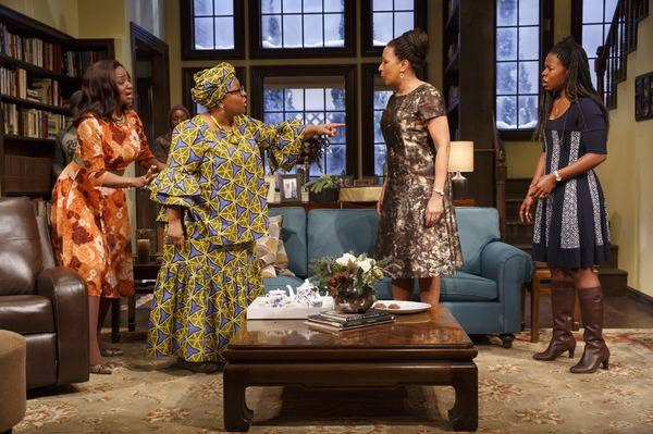 Photo Flash: First Look at Tamara Tunie, Roslyn Ruff and More in FAMILIAR at Playwrights Horizons