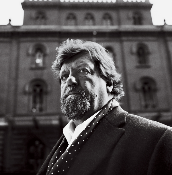 Photo Flash: The Public's Oskar Eustis Brings Drama to VOGUE's March 2016 Issue